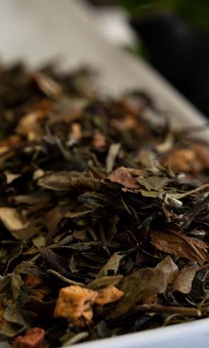 Beli Čaj BANANA JAGODA